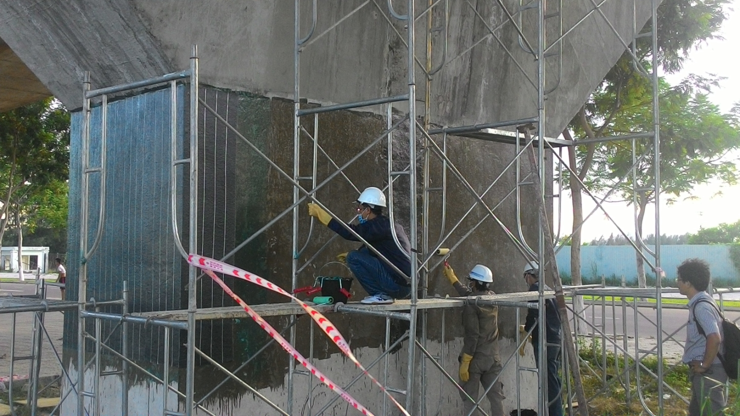REINFORCING THE STRUCTURE BY CFRP CARBON FIBER FABRIC